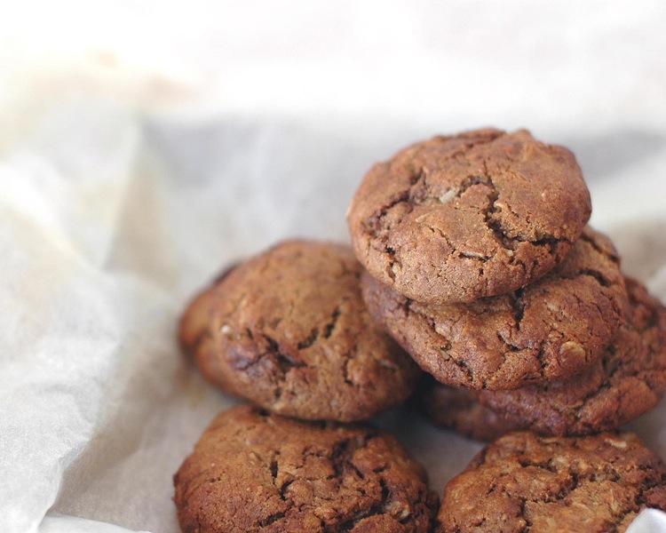 organic vegan sugar free carob coconut biscuits